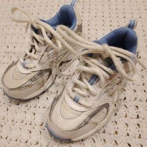 Stride Rite toddler girl sneakers. Sz 8.5MW